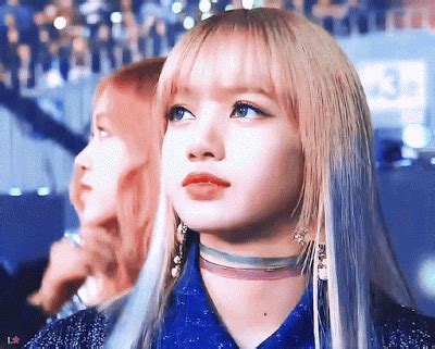 is lisa on la hair a man lalisa manoban vs komatsu nana who are both 167cm tall