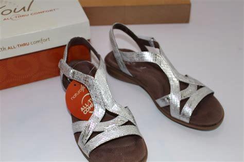 natural soul  naturalizer silver size  joslen shoes womens sandals nib ebay