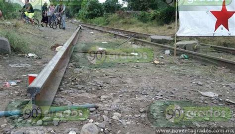 tras las vias tras cortar las v 237 as del tren ssp y pf acuden a desalojar a manifestantes en l 225 zaro c 225 rdenas