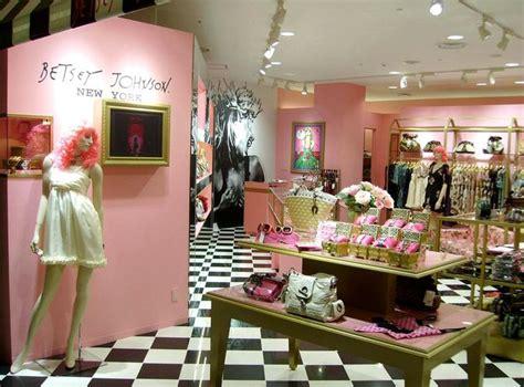 52 best boutique interiors images on pinterest boutique interior 26 best images about my dream boutique on pinterest