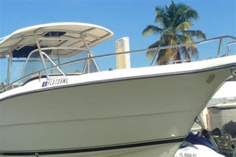 pursuit boats islamorada rent a pursuit c310 31 motorboat in islamorada fl on sailo