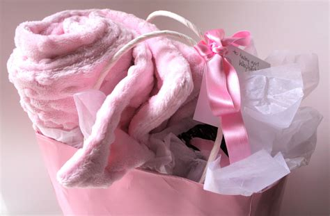 Handmade Baby Baskets - handmade baby gifts are the best whipstitch