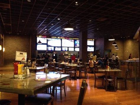 Sportsbar In Complex Picture Of Ameristar Casino St Ameristar Buffet St Charles Mo