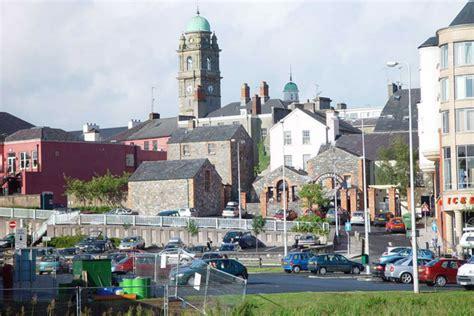boat rental enniskillen boat hire cruising travel guide ireland enniskillen on