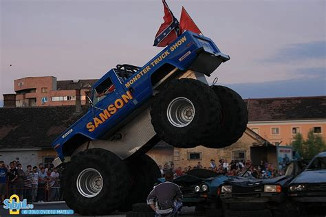 monster truck stunt show cars monster pictures