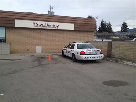 Chevron Town Pantry by Chevron Robbed At Gunpoint Penticton News Castanet Net