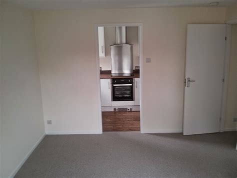 1 bedroom flat to rent romford 1 bed flat to rent rushdon close romford rm1 2re