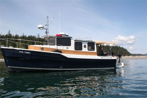 tug boats for sale in dubai 229 best yachts superyachts trawlers images on