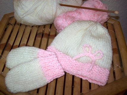 free baby mittens knitting pattern free pattern from knitting on the net i think i will make