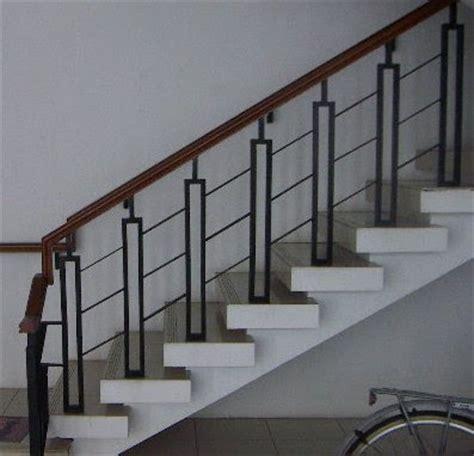 Stainless Steel Tempat Ember Untuk Es Batu Anti Karat bengkel las duta karya railing tangga