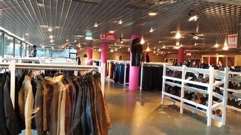 feestelijke opening noppes beverwijk op zaterdag 30 april - Bootonderdelen Zaandam