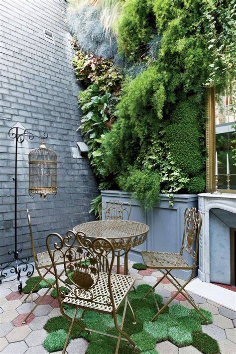 Just Two Fabulous Courtyards by Stylish Two Floor Apartment In