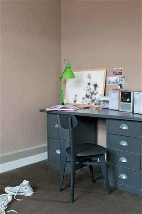 couleurs pour chambre tollens une peinture couleur taupe pour une chambre