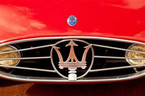 1954 maserati a6 gcs grille emblem 0259c photograph by