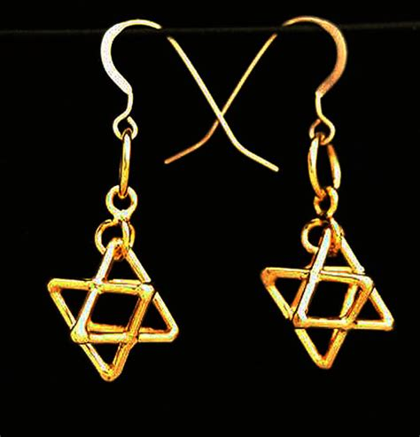 Misca Necklace i connect metaforms store tetrahedron earrings gold plated