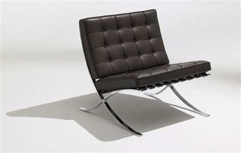 Barcelona Knoll Chair by Knoll Sle Sale Time To Grab A Bargain That S Also A
