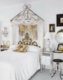 Canopy Bed Look New Home Design Ideas Theme Inspiration 11 Canopy Bed