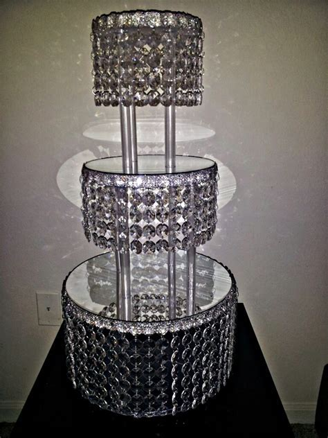 1 METRE CRYSTAL CLEAR GARLAND WEDDING CAKE STAND
