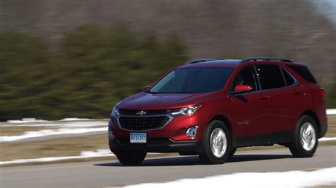 2018 chevrolet equinox goes small and high tech consumer reports