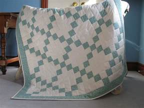 chain baby quilt by quiltd signs craftsy