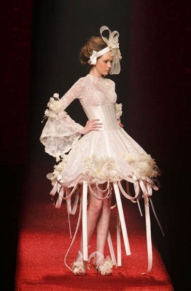Best 25  Worst wedding dress ideas on Pinterest   Ugly