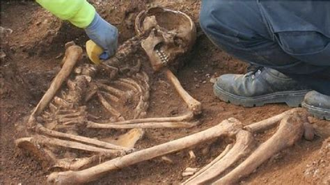 age to human age iron age human remains in the cotswolds the archaeology news network