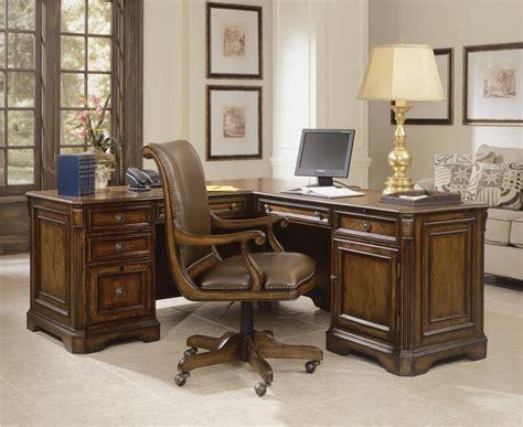 hooker furniture brookhaven executive   return