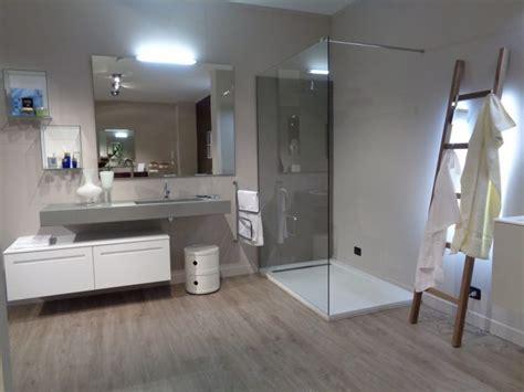 arredo bagno con doccia arredo bagno mobili da bagno a bergamo e provincia