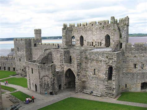 Harlech Castle Floor Plan by średniowieczne Zamki
