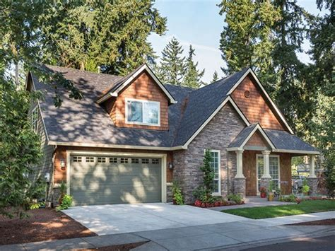 craftsman style homes oregon craftsman style homes floor eplans house plan with a nod to the details of the arts