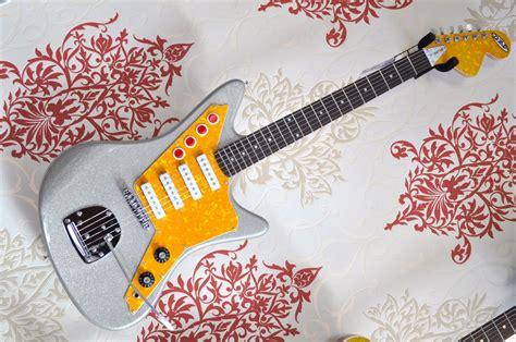 Garage Rock Guitar Tone secrets of the surf guitar sound tone report