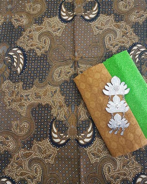 1 Set Kain Batik Print Prada Dan Embos 2 koleksi lengkap batik sogan cocok untuk batik seragam