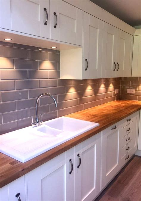 kitchen worktop ideas 25 best ideas about kitchen tiles on pinterest subway