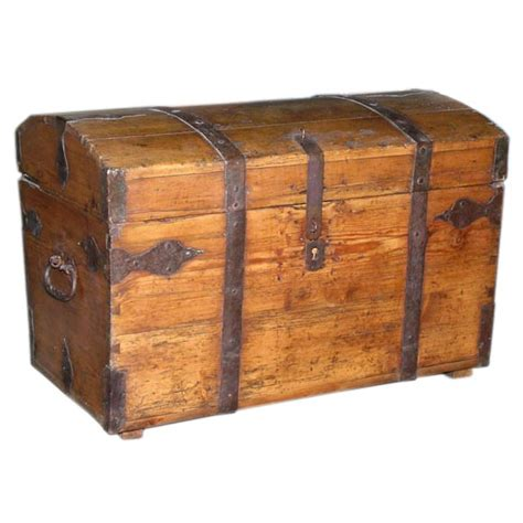 Seamans Furniture by Seaman S Chest The Classic Treasure Chest At 1stdibs
