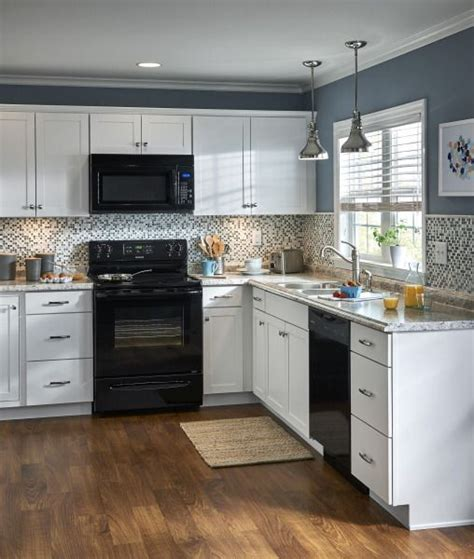 lowes design your own kitchen lowes design your own 1000 images about a kitchen to dine for on pinterest