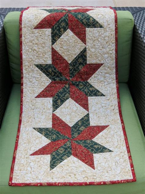 google christmas tree shop kitchen table runners not xmas 1000 ideas about patchwork table runner on table runners quilt table runners and