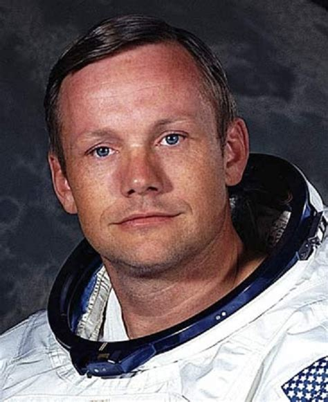 Neil Armstrong An American Astronaut Neil Armstrong American Dies At 82 World Ufo Photos And News Org