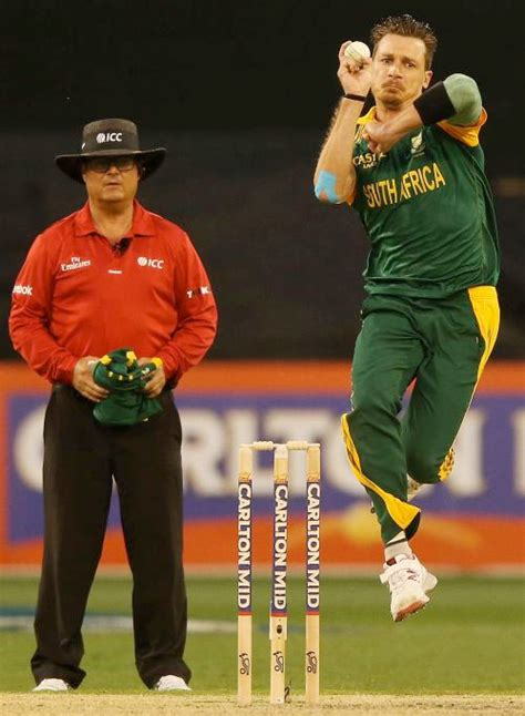how to swing the ball like dale steyn why steyn fears for future of fast bowlers rediff com