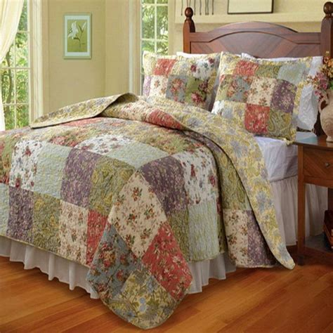 Country Patchwork Quilts - 25 best bed quilts ideas on quilts for beds