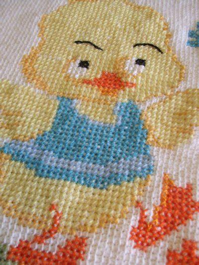 copertine per culla a maglia copertina culla maglia ricamata bambini per la