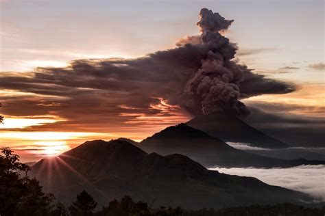 airasia volcano bali mount agung red warning issued to airlines over