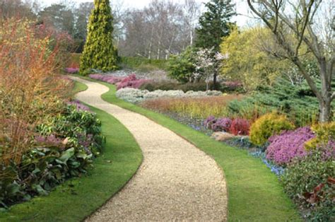 Botanic Gardens Cambridge Cambridge It S To Resist The Serenity Of The Botanic Garden News Stripes