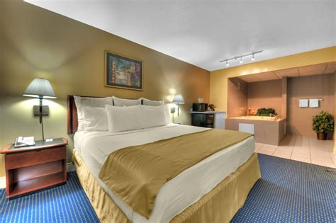 Rooms In Michigan by Silver Hotel Prices Reviews Joseph Mi