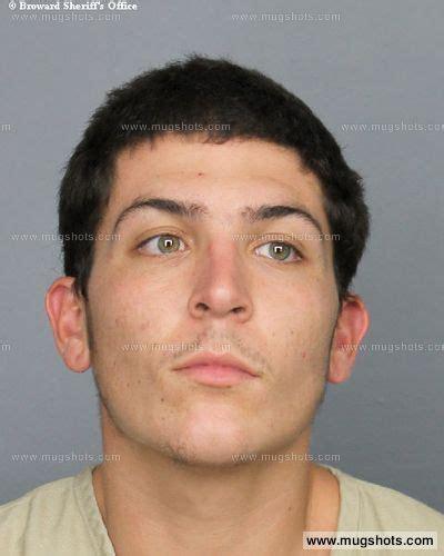 Broward County Felony Records Gino Rijos Mugshot Gino Rijos Arrest Broward County Fl Booked For Warrant