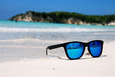 Kacamata Pantai bentuk dan model kacamata untuk ke pantai motomoe