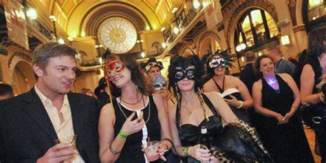 indianapolis new years new year s masquerade at union station