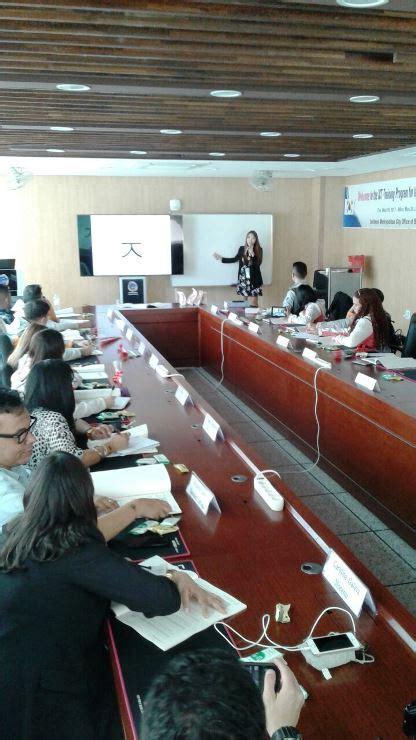 legislacion de docentes colombianos los 18 docentes colombianos ya disfrutan del ict training