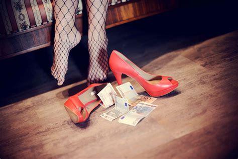 prostituzione in appartamento prostituzione in appartamento due fermi libera novara