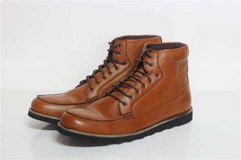 Jual Sepatu Delta Di Bekasi jual sepatu pria wanita