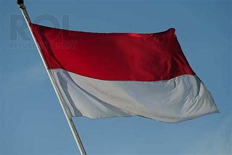 bendera merah putih vocal anak anak anak wni di saya naik sepatu republika